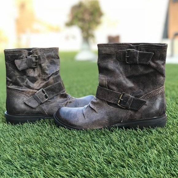 eb57c8d19f2f Mia Buckley Boots. M 5acab3d7a825a680c053a0e6
